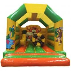 Château gonflable avec toit et jeux